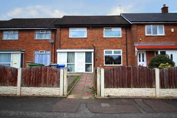 3 Bedrooms Terraced House for sale in Epping Drive, Sale, Greater Manchester, M33 5LY