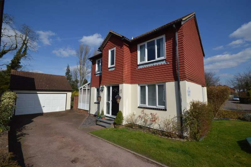 3 Bedrooms Detached House for sale in Claydon Drive, Croydon, CR0