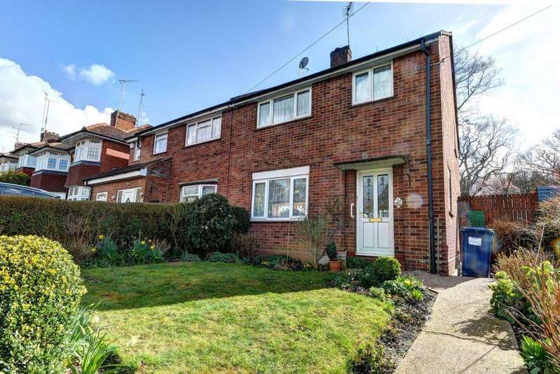 3 Bedrooms Semi Detached House for sale in Worcester Crescent, Mill Hill, NW7