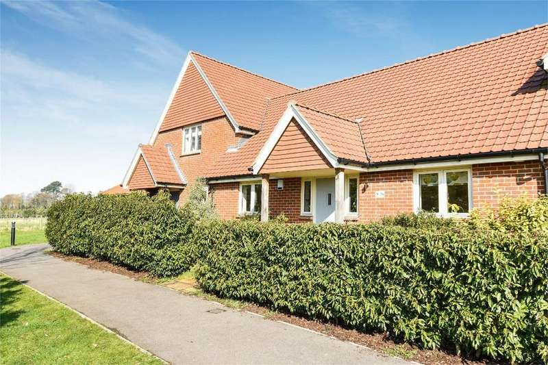 2 Bedrooms Terraced Bungalow for sale in Morleys Green, Ampfield, Romsey, Hampshire