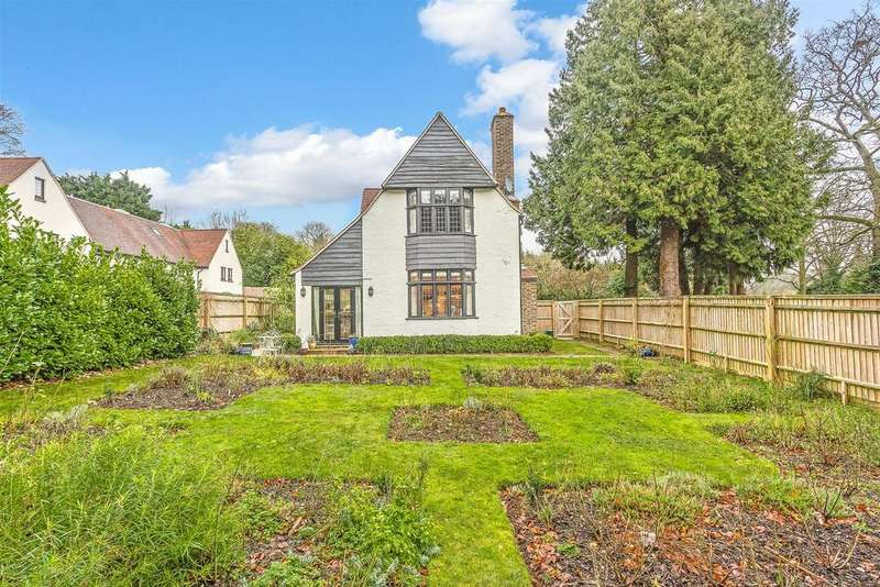 2 Bedrooms End Of Terrace House for sale in Dacre Close, Chipstead, Coulsdon