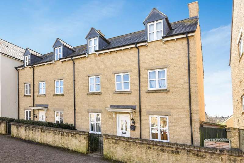 4 Bedrooms House for sale in Ash Avenue, Carterton, OX18