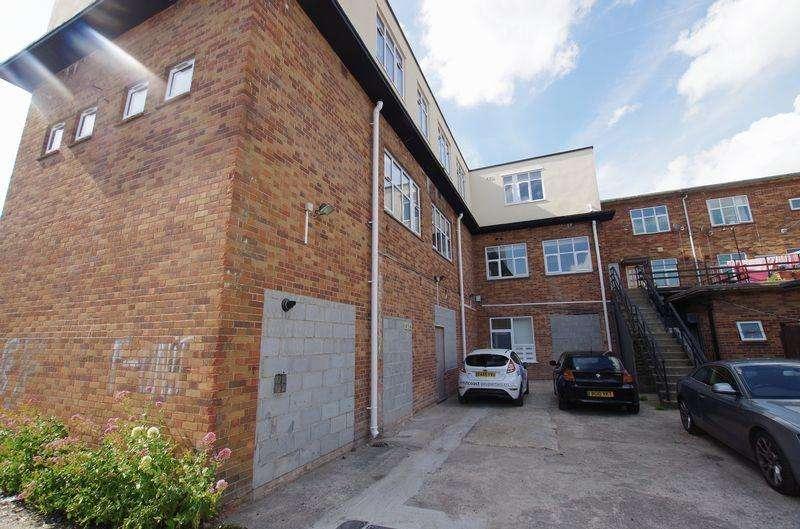 3 Bedrooms Apartment Flat for rent in Waterloo Street, Weston-Super-Mare