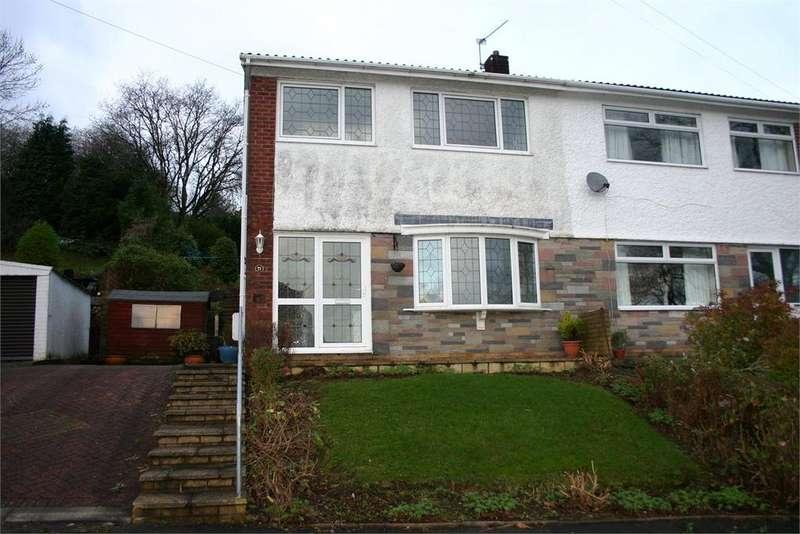 3 Bedrooms Semi Detached House for rent in 21 Vale Gardens, Graigwen, Pontypridd, Rhondda, Cynon, Taff, CF37 2HG