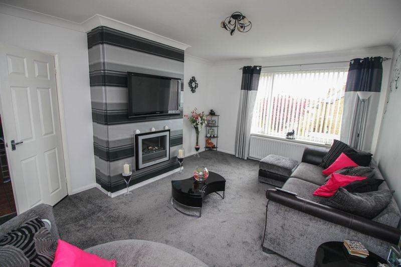 2 Bedrooms Semi Detached House for sale in Snowdrop Close, Blaydon