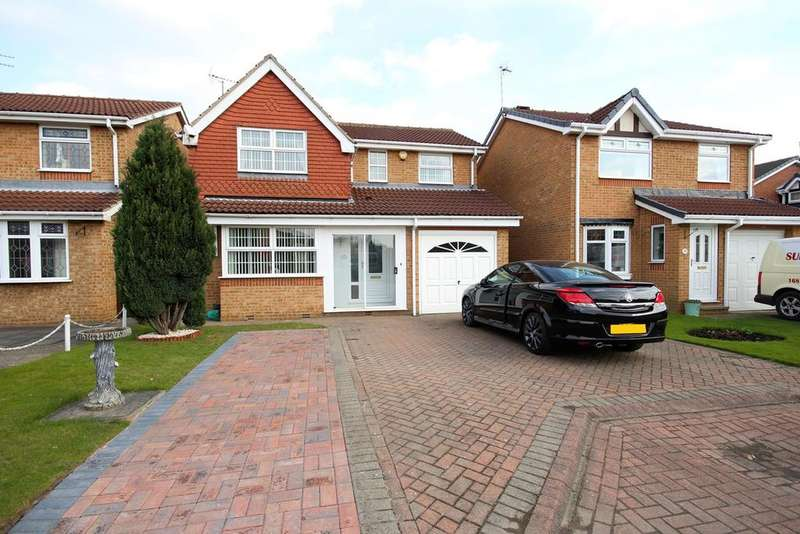 4 Bedrooms Detached House for sale in Celandine Close, Hull, HU5