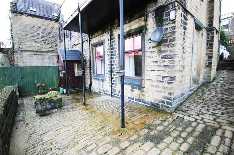 1 Bedroom End Of Terrace House for sale in Quarry Hill, Sowerby Bridge
