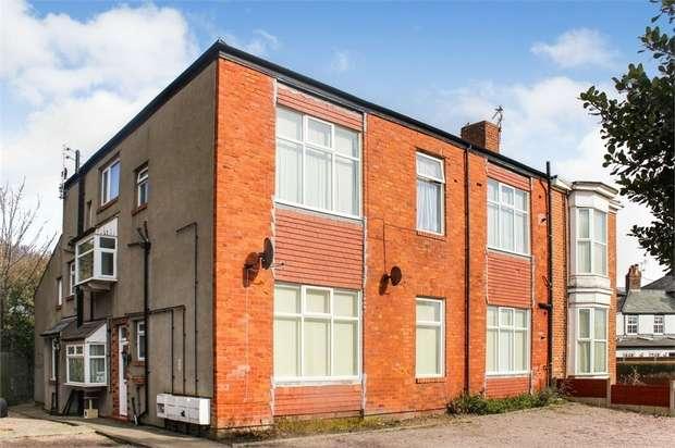 2 Bedrooms Flat for sale in 36 Hawkshead Street, Southport, Merseyside