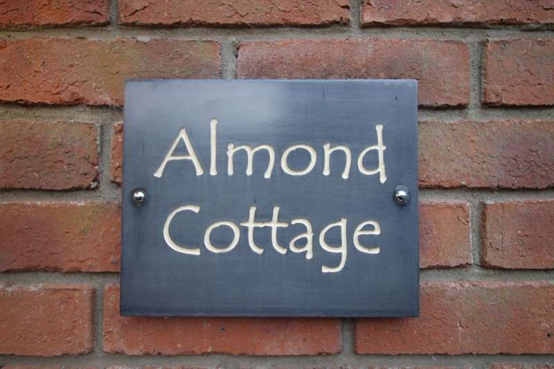 3 Bedrooms Detached House for sale in Hilton, Yarm, TS15