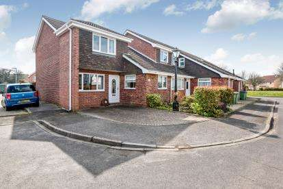 3 Bedrooms End Of Terrace House for sale in Hill Head, Hampshire, United Kingdom