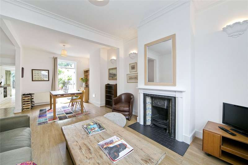 2 Bedrooms Terraced House for sale in Baxendale Street, Bethnal Green, E2