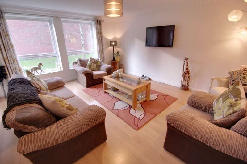 3 Bedrooms Flat for sale in Jacoby Place Priory Road