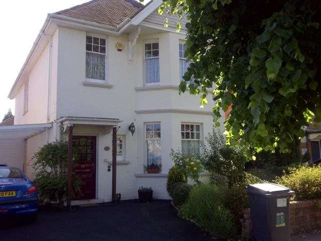 1 Bedroom House Share for rent in Bryanstone Road, Talbot Woods, Bournemouth