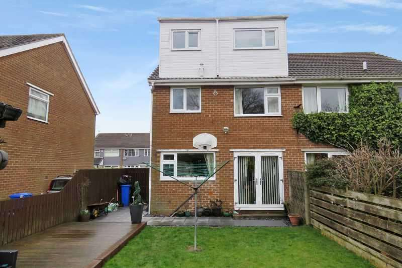 3 Bedrooms Semi Detached House for sale in Toll Bar Road, Gleadless, Sheffield, S12 2QZ