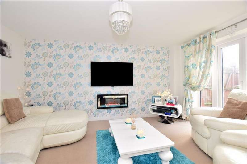 4 Bedrooms End Of Terrace House for sale in Rose Walk, Sittingbourne, Kent