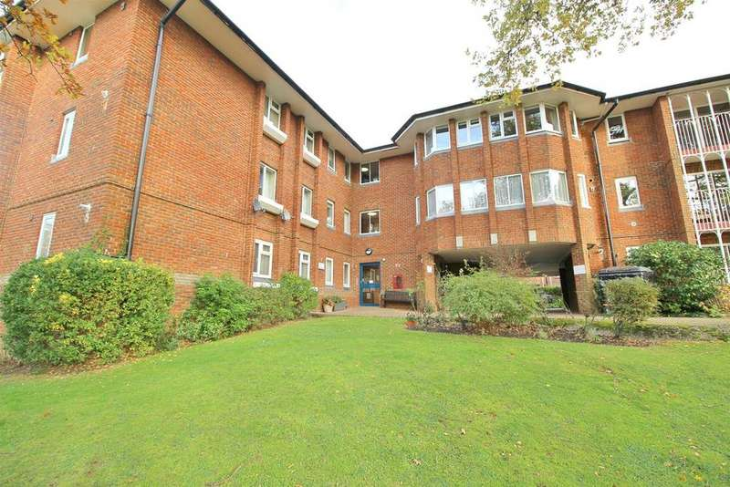 2 Bedrooms Retirement Property for sale in Cavell Drive, Enfield