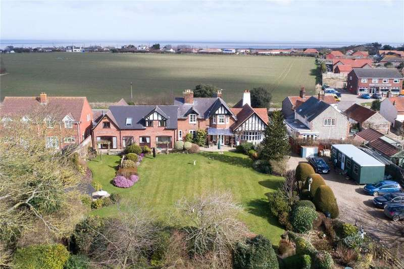 7 Bedrooms Detached House for sale in Coast Road, Bacton, Norfolk, NR12