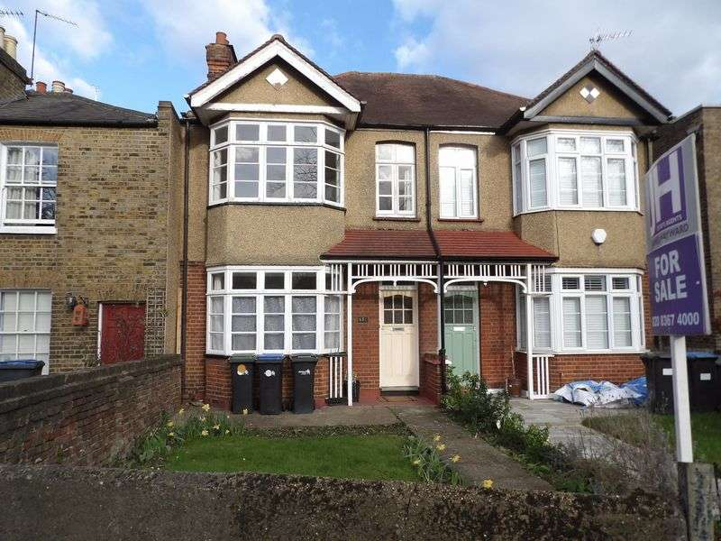 3 Bedrooms Property for sale in Chase Side, Enfield
