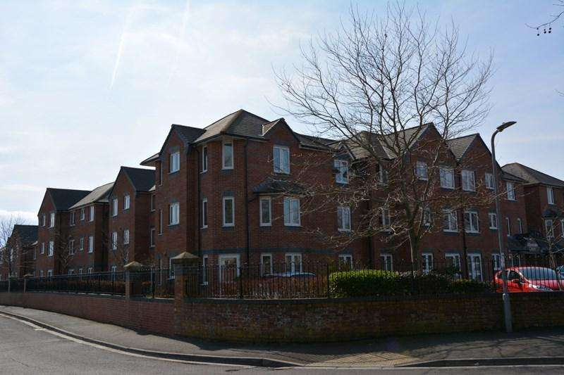 1 Bedroom Flat for sale in Rectory Road, Burnham-On-Sea