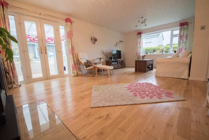 3 Bedrooms Detached Bungalow for sale in Glanceulan, Penrhyncoch