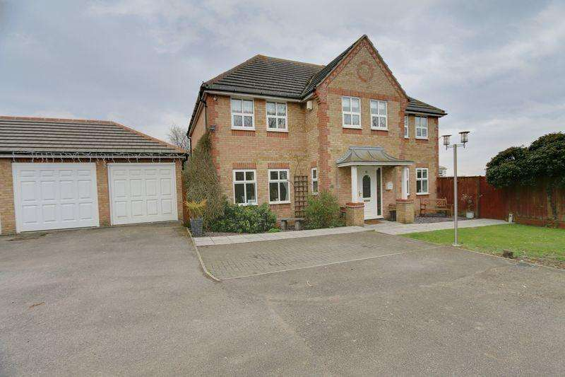 5 Bedrooms Detached House for sale in Orchard Way, Haddenham