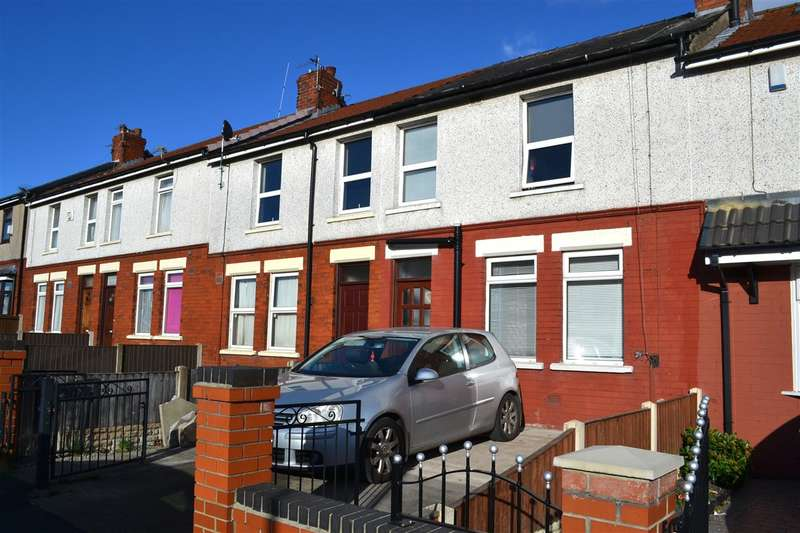 3 Bedrooms Terraced House for sale in Bright Street, Leigh