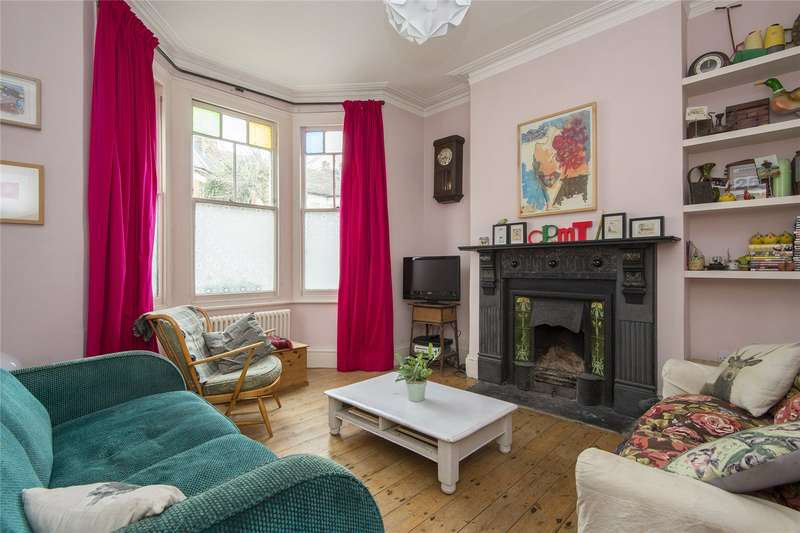 4 Bedrooms Terraced House for sale in Mildenhall Road, London, E5
