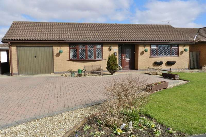 2 Bedrooms Detached Bungalow for sale in College Row, Sandilands, Mablethorpe, LN12