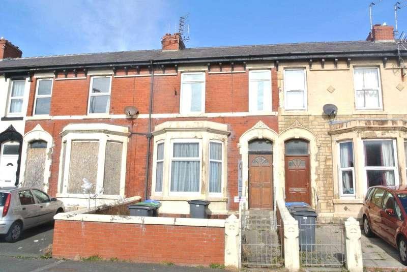 5 Bedrooms House for sale in Cheltenham Road, Blackpool, FY1 2PR