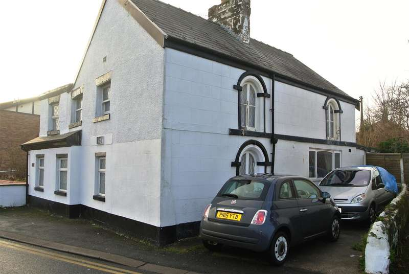 3 Bedrooms Detached House for sale in All Hallows Road, Blackpool