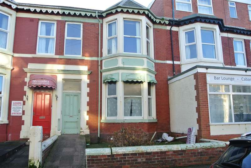 6 Bedrooms Flat for sale in Withnell Road, Blackpool