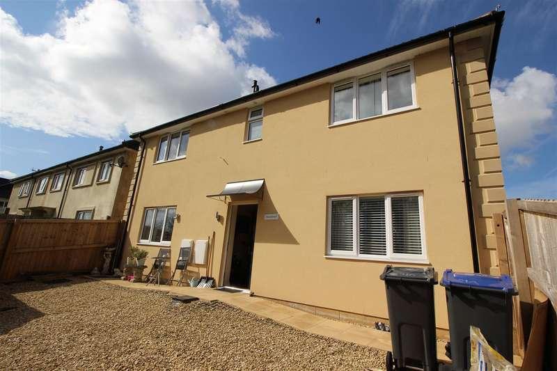1 Bedroom Flat for sale in Bences Lane, Corsham