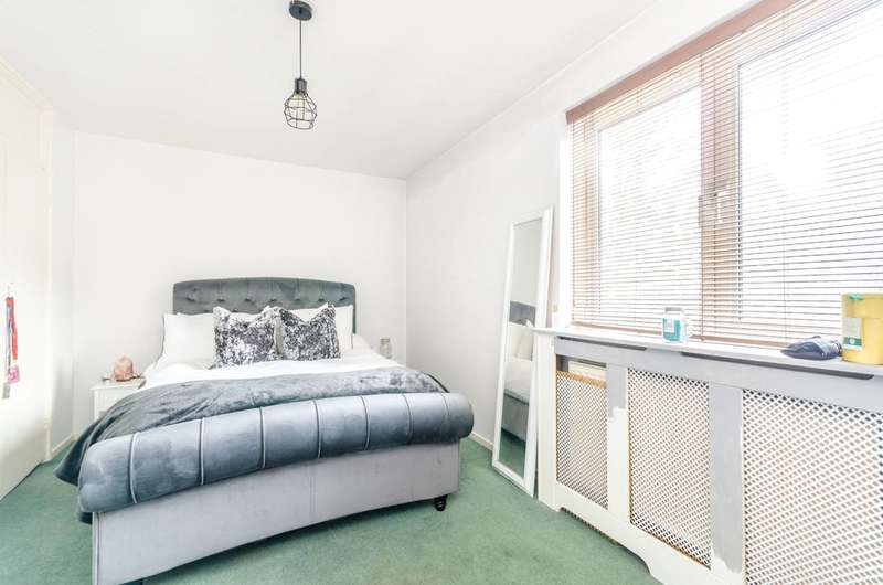 1 Bedroom Flat for sale in Drummond Road, Bermondsey, SE16