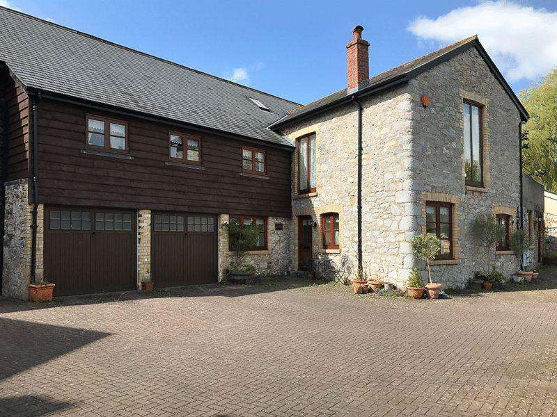 5 Bedrooms Semi Detached House for sale in The Farmhouse, Town Mill, Clifford Street, Chudleigh