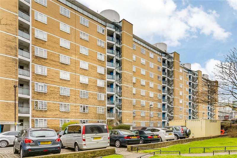 3 Bedrooms Flat for sale in Chaucer House, Churchill Gardens, London