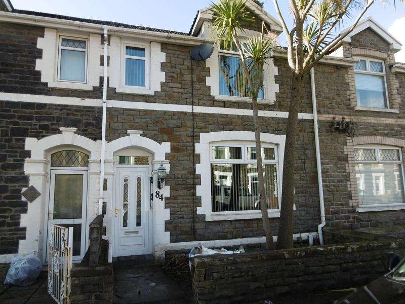 3 Bedrooms Terraced House for sale in Hunter Street, Neath, Neath Port Talbot.