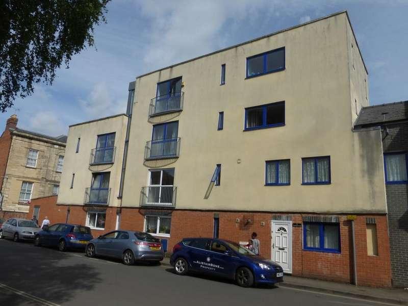 1 Bedroom Ground Flat for sale in Wellington Street, Gloucester, Gloucester, GL1