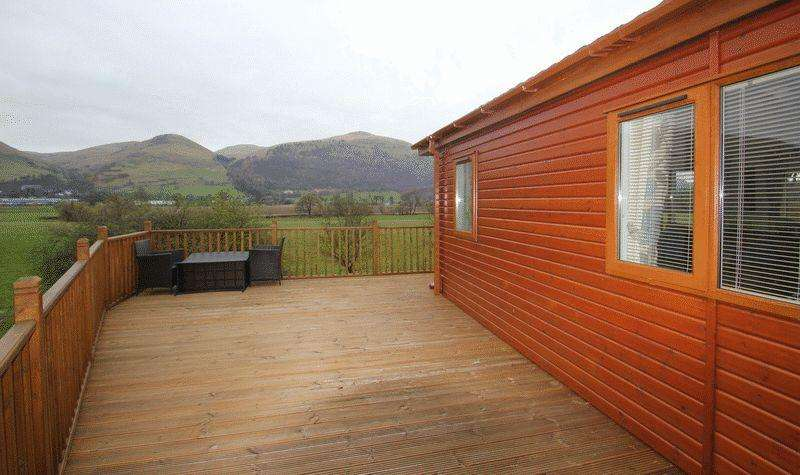 2 Bedrooms Lodge Character Property for sale in Fishcross, Alloa