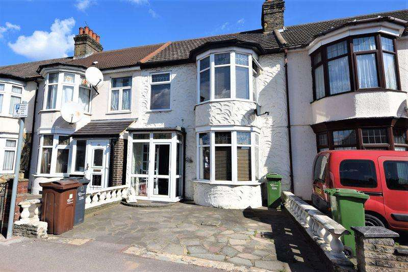 3 Bedrooms Terraced House for sale in Movers Lane, Barking