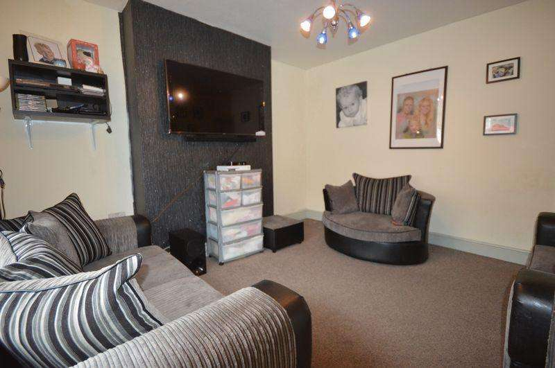 3 Bedrooms Terraced House for sale in Dalton Street, Manchester