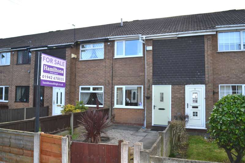 2 Bedrooms Terraced House for sale in Lostock Walk, Leigh