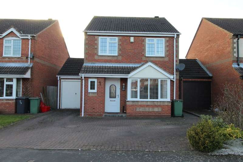 3 Bedrooms Detached House for sale in Blackett Drive, Heather, Coalville, LE67