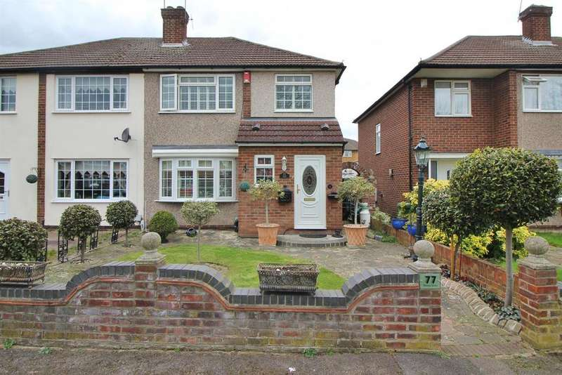 3 Bedrooms Semi Detached House for sale in Penton Drive, Cheshunt, Herts EN8