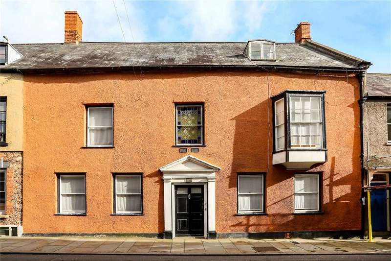 8 Bedrooms Terraced House for sale in Cathedral Green, Wells, Somerset, BA5