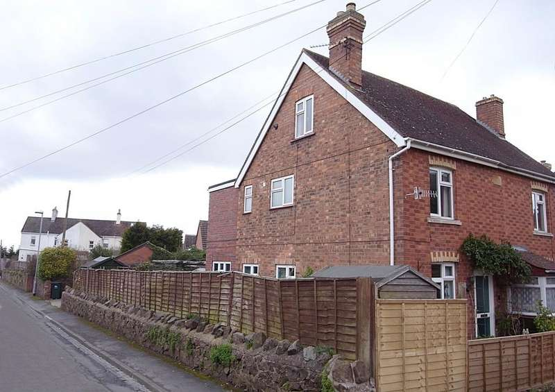 3 Bedrooms Semi Detached House for sale in Albion Road, Malvern