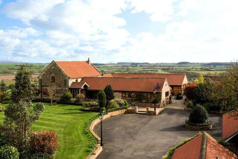5 Bedrooms Detached House for sale in Northfield Barn, Howsham, York, North Yorkshire, YO60