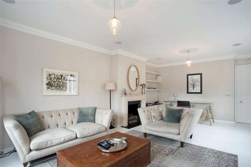 3 Bedrooms Flat for sale in Lees Place, Mayfair, London, W1K