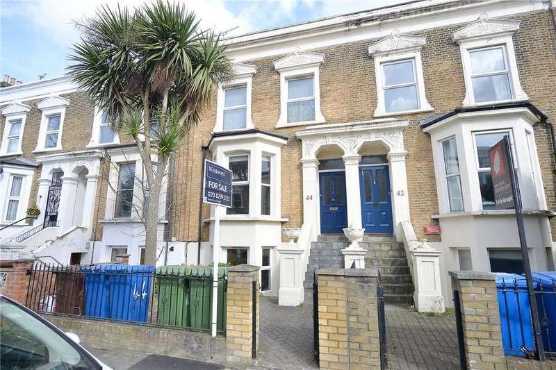 2 Bedrooms Maisonette Flat for sale in Fenwick Road, Peckham Rye, London, SE15