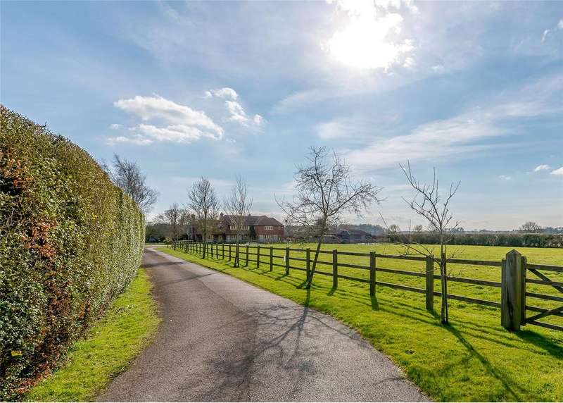 5 Bedrooms Detached House for sale in East Ashling, Chichester, West Sussex