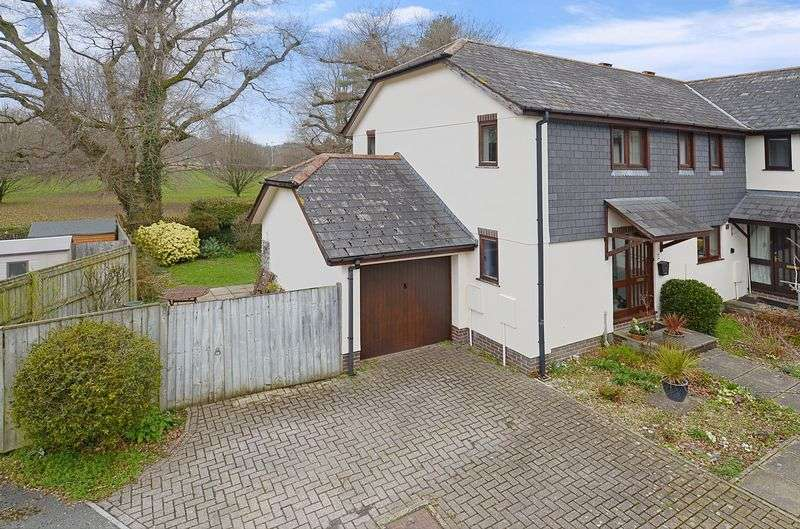 3 Bedrooms Property for sale in The Mews, Station Road, Bovey Tracey